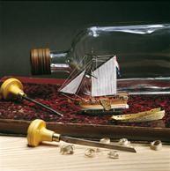 Flaschenschiff Golden Yacht 1660 1/300
